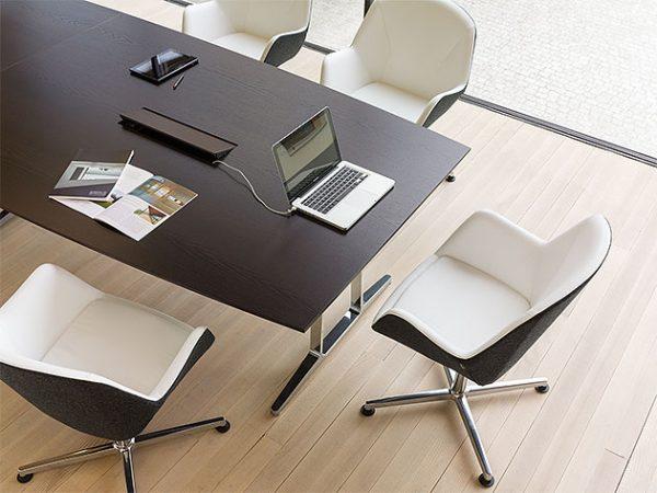 Konferenzmöbel Konferenztisch Konferenzstühle