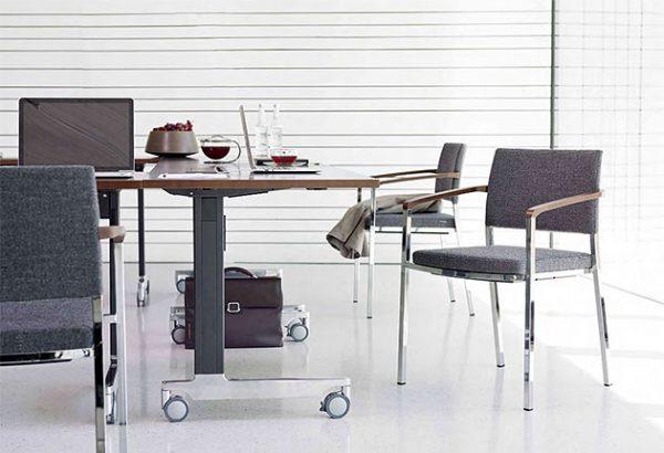 Konferenzstuhl Sign 2 mit Rechteckrohrgestell Vierfuss modernes Design