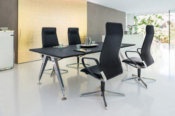 Konferenzstuhl seline geradlinig und ergonomisch
