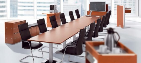 Konferenztisch KLA verkettbar wandelbar Aluminium Quadratsaeulen oder Stahlrundsaeulen