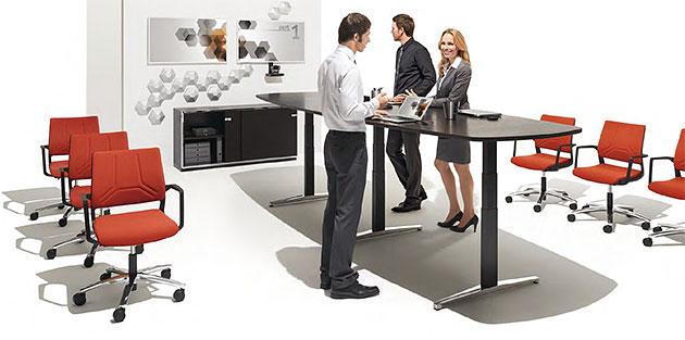 Konferenztisch attention Stehsitztisch elektrisch hoehenverstellbar