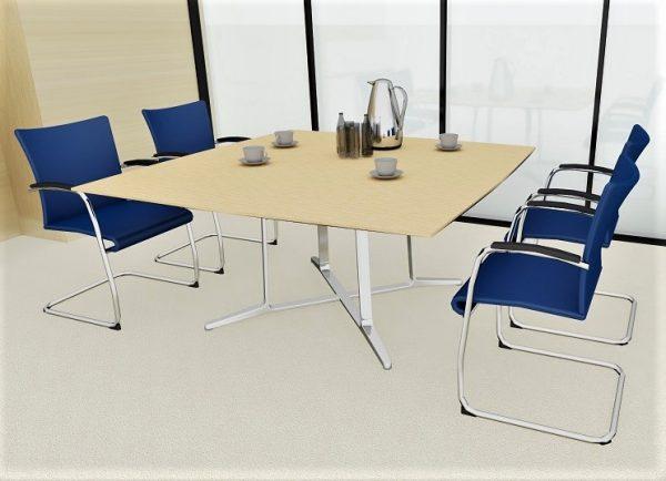 Visita Konferenzstühle mit Bezug in blau und Armauflage aus Leder